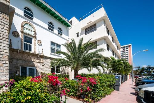Chic Apartments at Miami Beach Photo