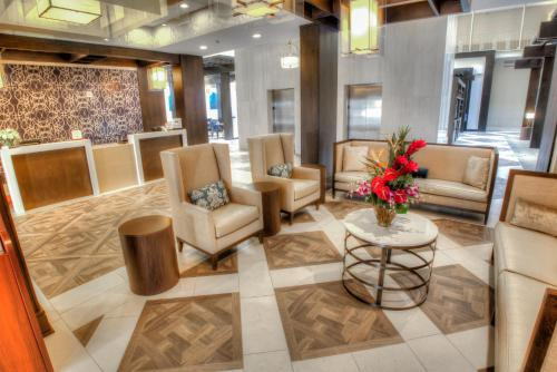 DoubleTree Suites by Hilton Atlanta-Galleria Photo