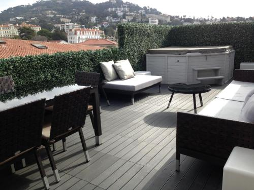 Penthouse with jacuzzi on the big terrace - cannes -