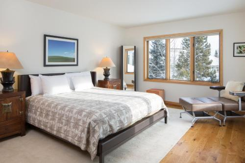 Teton Pines by Jackson Hole Resort Lodging Photo