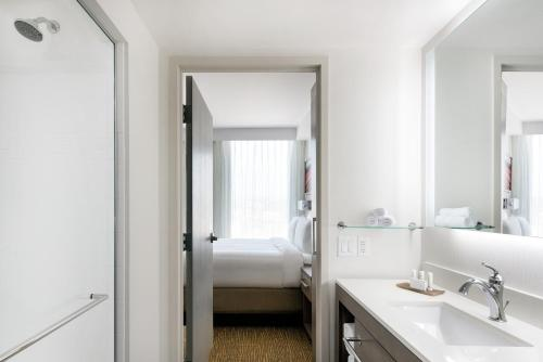 Residence Inn by Marriott San Diego Downtown/Bayfront - San Diego, CA 92101