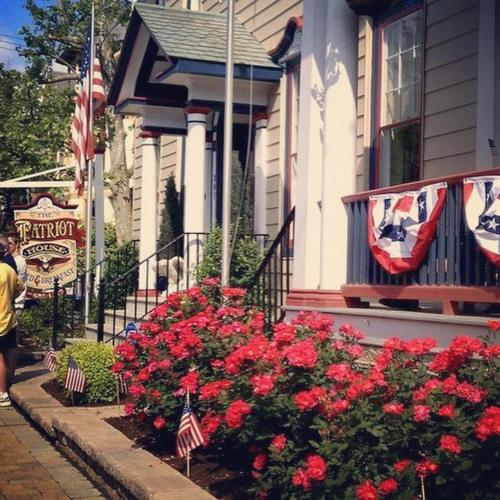 The Patriot House Bed & Breakfast Photo