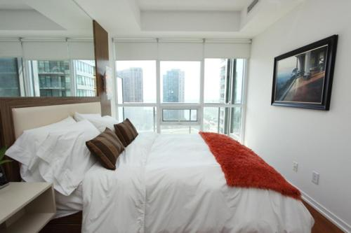 Harbor Front Residences Photo