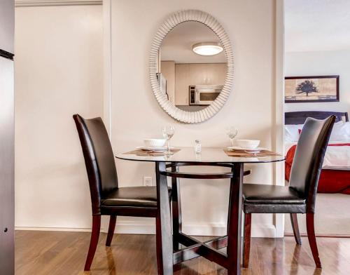 Global Luxury Suites at Tiverton Ave - Los Angeles, CA 90024