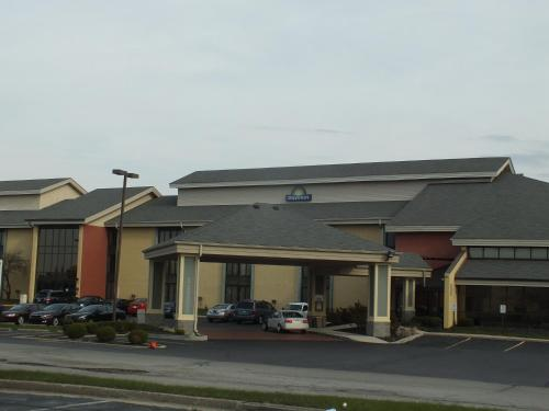 Days Inn Indianapolis Off I-69 Photo