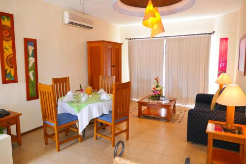 El Ameyal Hotel and Family Suites Photo