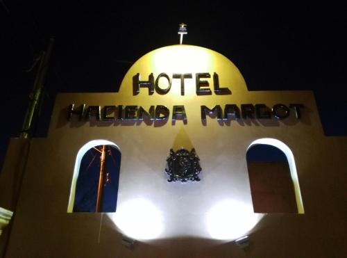 Hotel Hacienda Margot Photo