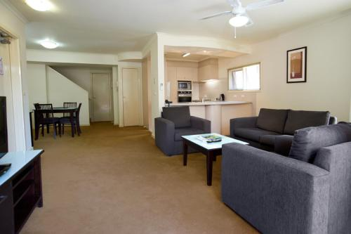 Quest Royal Gardens Serviced Apartments photo 14