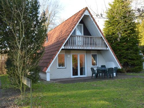 http://www.booking.com/hotel/nl/holiday-home-oldenhof-8.html?aid=1728672
