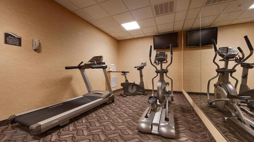 Best Western Plus Portage Hotel and Suites Photo