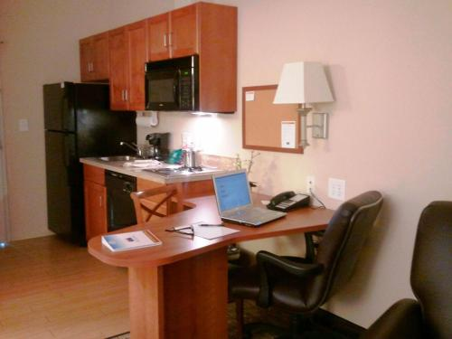 Candlewood Suites Greenville Photo