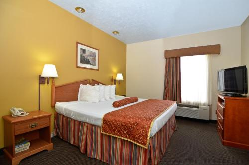 Best Western Ridgeland Inn Photo