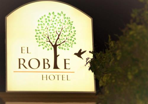El Roble Hotel Photo