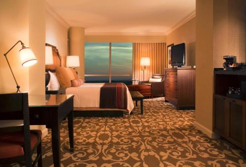 Omni Fort Worth Hotel Photo