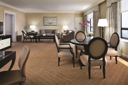 The Ritz-Carlton, Chicago photo 27