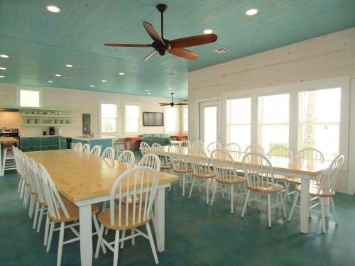 Beach Club (Clubhouse 3) Photo