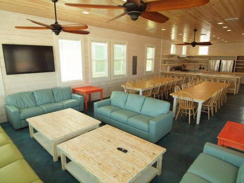 Beach Club (Clubhouse 4) Photo