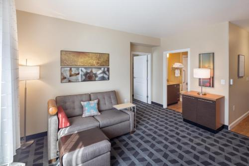 TownePlace by Marriott Suites Portland Vancouver Photo