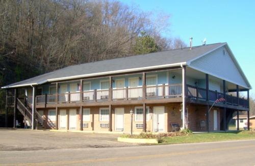 Roscoe Motor Inn Coshocton Photo