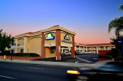 Days Inn Downey Photo