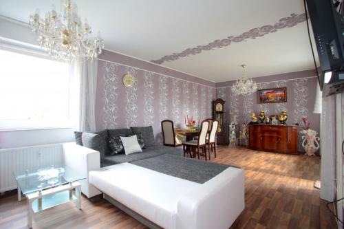 5456 Privatapartment WiFi Wurzburger Strasse, Ганновер