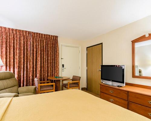 Quality Inn Lawrence - Lawrence, KS 66044