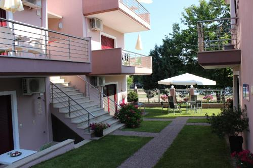 Yasoo Holiday Apartments in chalkidiki - 0 star hotel