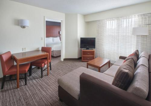 Residence Inn Cranbury South Brunswick Photo