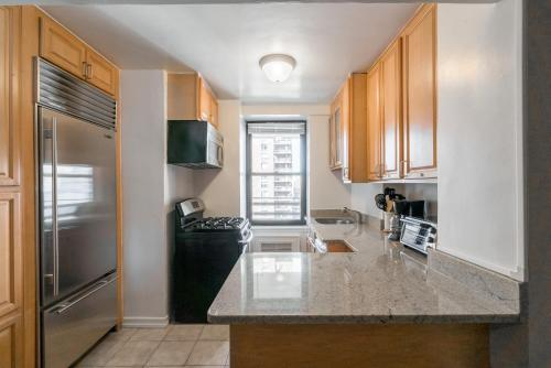 The Ideal 3 Bedroom Getaway by Central Park UWS Photo