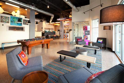 Aloft Denver Downtown photo 11