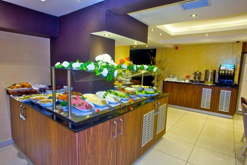 Laleli emin hotel istanbul turkey overview for Cheap hotels in istanbul laleli