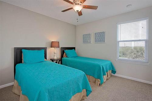 Avery's Ocean Breeze 6BR Photo