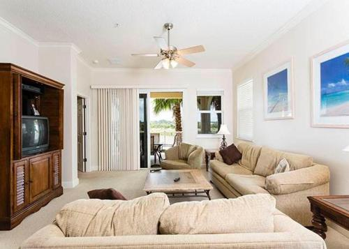925 Cinnamon Beach Photo