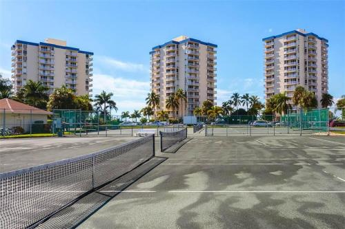 Estero Beach and Tennis 705C Photo