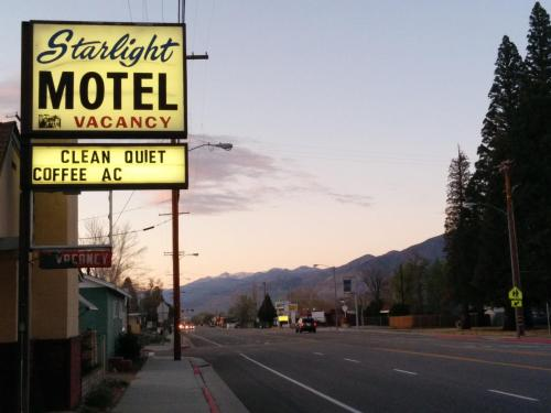 Starlight Motel Photo