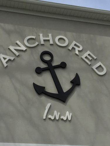 Anchored Inn at Hidden Harbor Photo