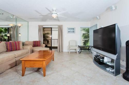 Beachcomber Apartment 301