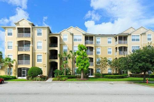 Windsor Hills Serenade Condo Photo