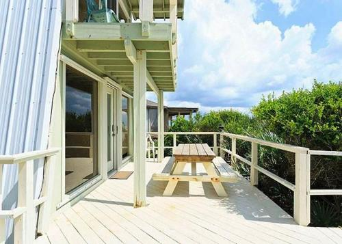 Oasis Beach House Photo