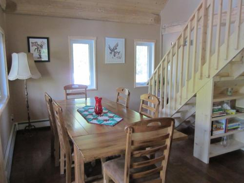 Nass Valley Bed and Breakfast Photo