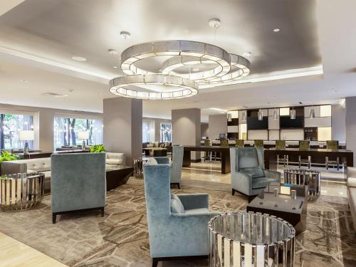 DoubleTree Suites by Hilton Houston by the Galleria photo 7