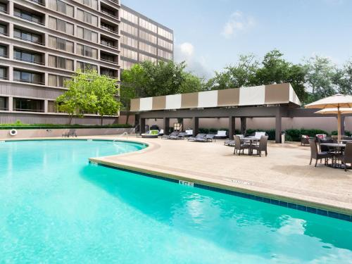 DoubleTree Suites by Hilton Houston by the Galleria photo 21