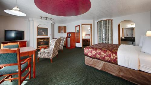 White Wolf Inn Photo