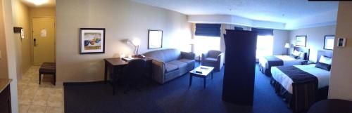 Franklin Suite Hotel Photo