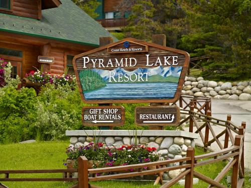 Pyramid Lake Resort Photo