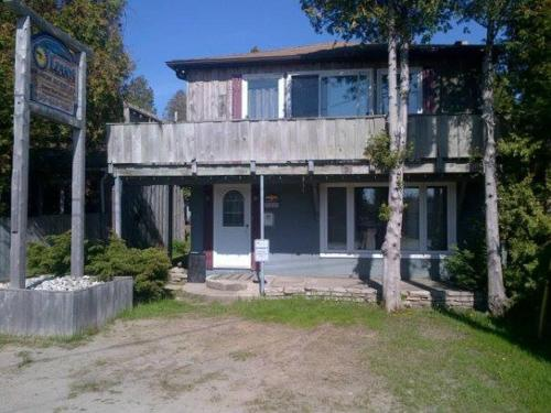 O'Leary's Beach Retreat Cottages Photo