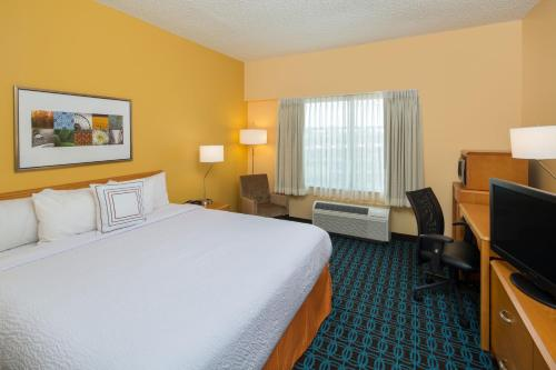 Fairfield Inn & Suites by Marriott San Antonio Airport/North Star Mall Photo