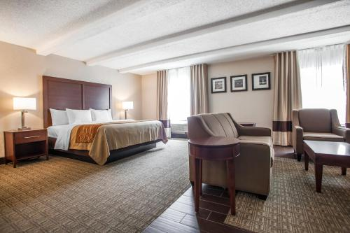 Comfort Inn St Louis – Westport Photo