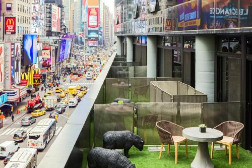 Renaissance New York Times Square Hotel, A Marriott Luxury & Lifestyle Hotel photo 32