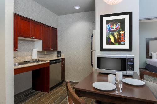 Homewood Suites by Hilton Southwind - Hacks Cross Photo